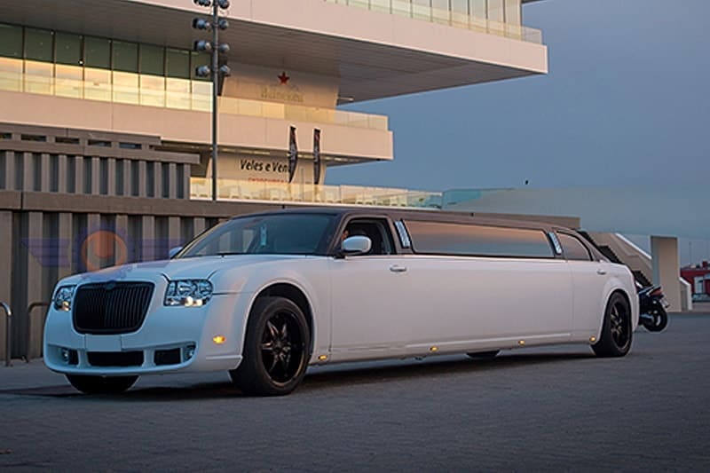 Limusina Chrysler 300 Phantom